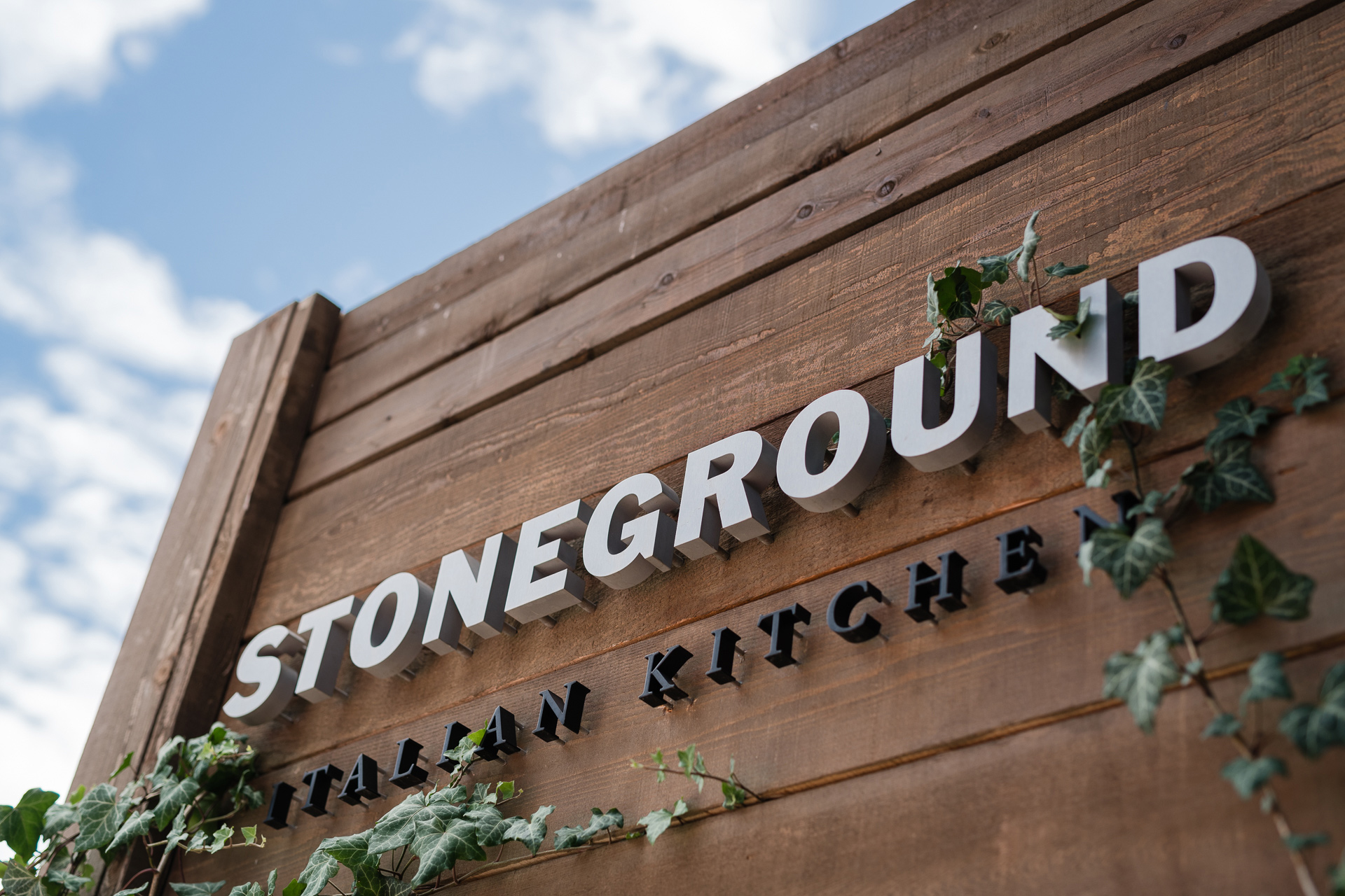 Stoneground-Sign